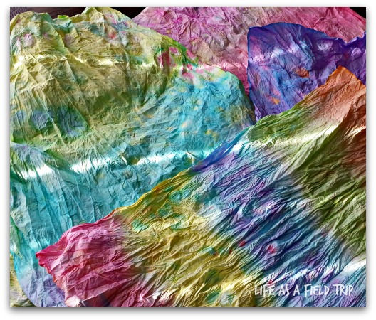 tie dye paper napkins {Life as a Field Trip}