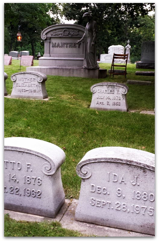 If Tombstones Could Talk {Life as a Field Trip}