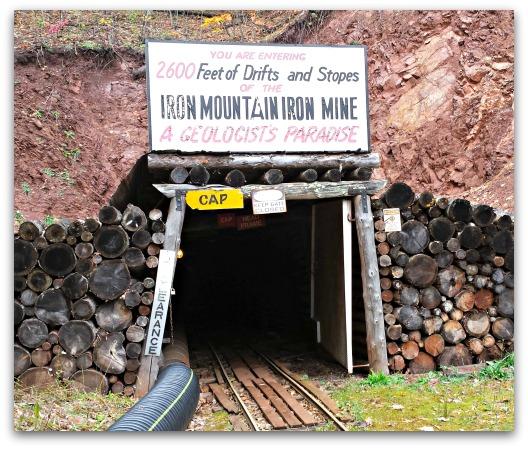 Iron Mountain Iron Mine Life as a Field Trip 11